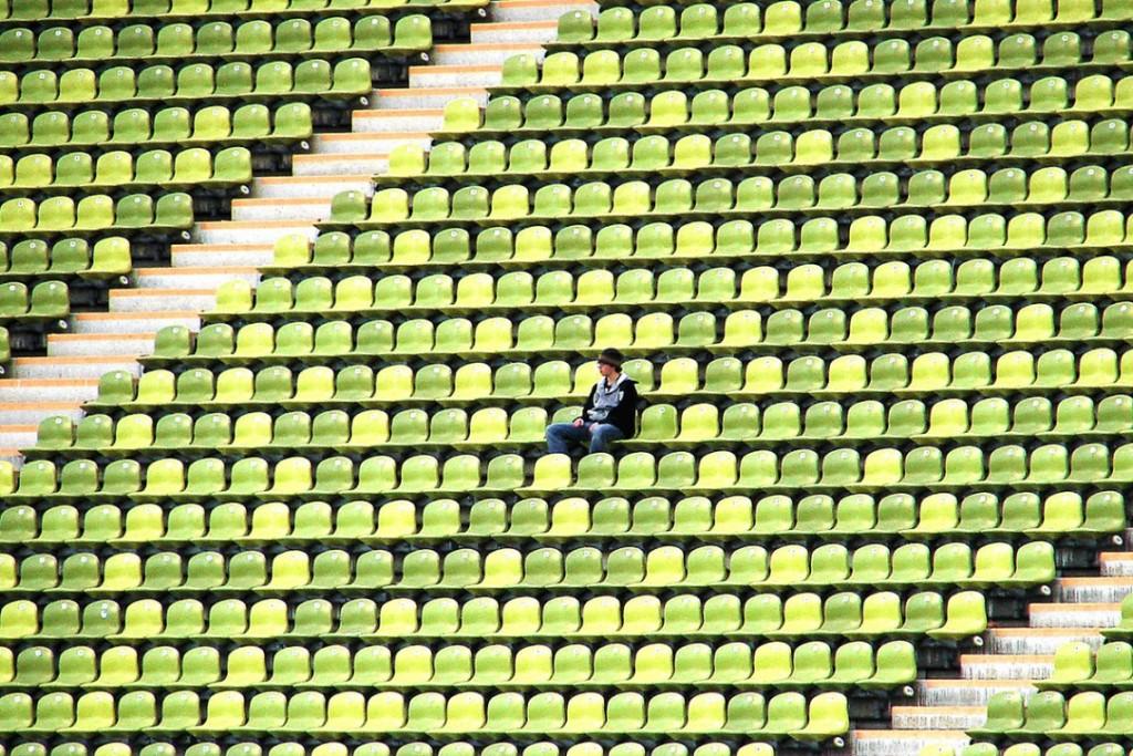 fan-alone-1140x760