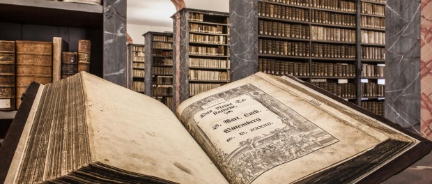 A-Luther-bible-in-the-library-of-the-Francke-Foundations-in-Halle-Saale-Harald-Krieg-IMG-Sachsen-Anhalt-620x264