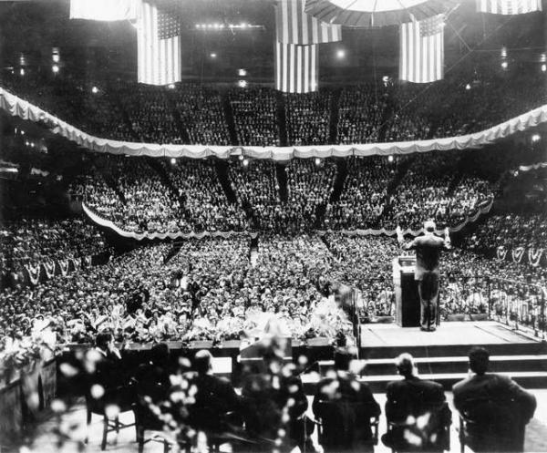 60 Years Ago Billy Graham S Madison Square Garden Crusade An Interview With Grant Wacker Tgc