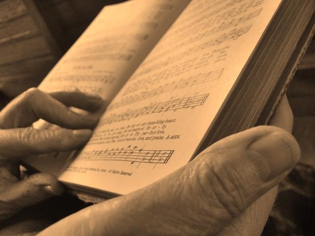 http://thegospelcoalition.org/blogs/justintaylor/files/2013/05/hymnal.jpg