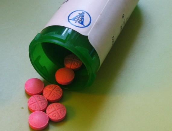 Pills-570x433
