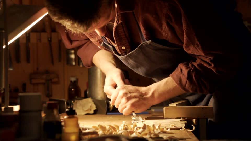 727656744-wood-chisel-woodchip-sounding-board-violin-making