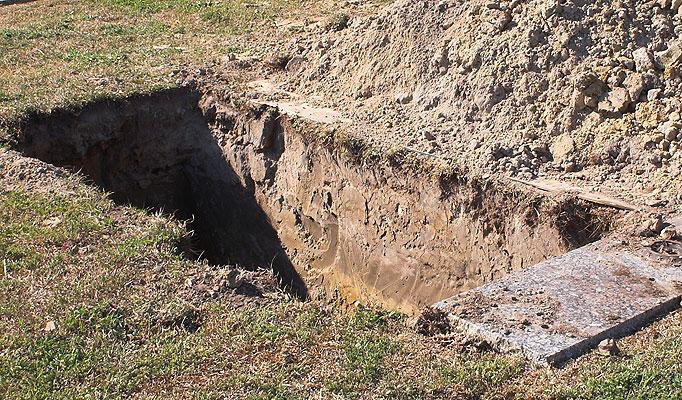 grave-682_1150394a