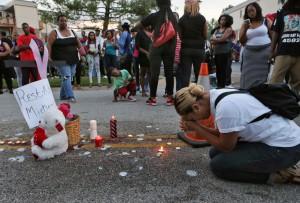 483852_Police-Shooting-Missouri10