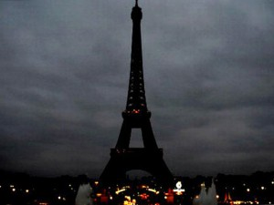 eiffel-tower-01-800