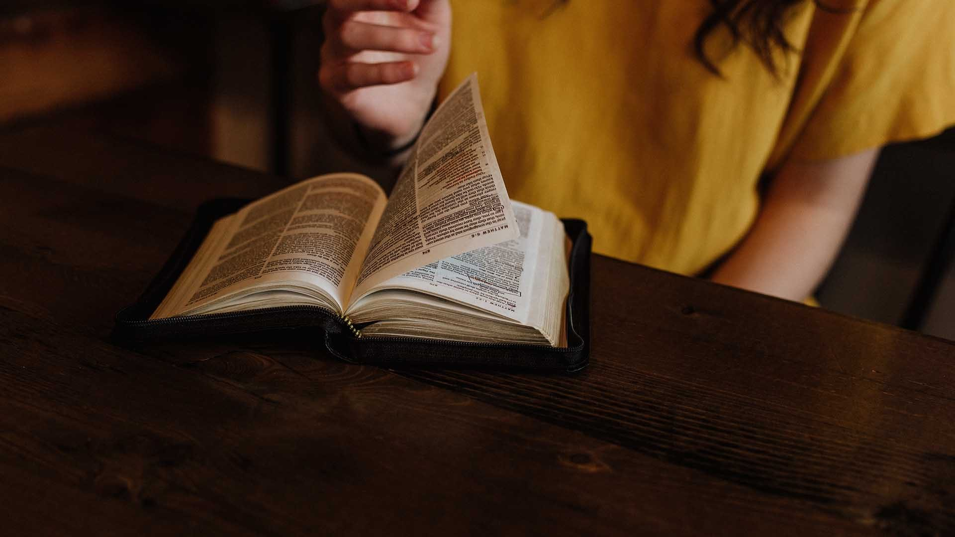 7 Mistakes We Make in Women's Bible Study