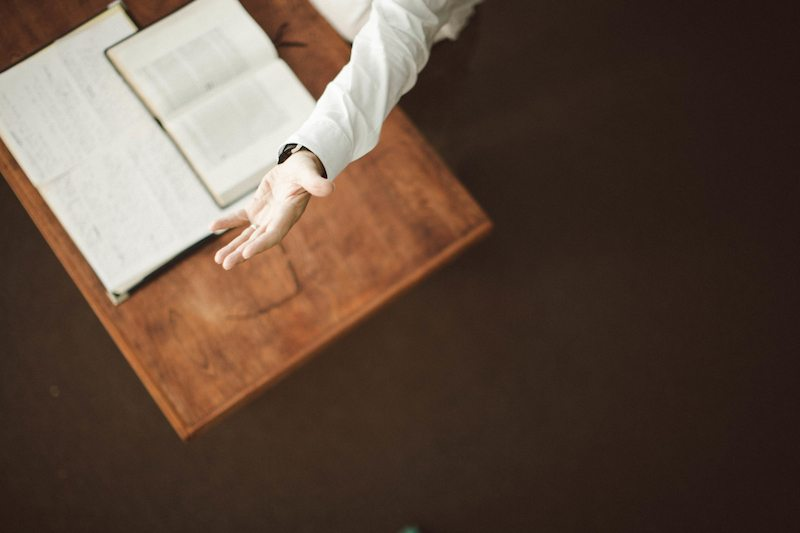Preacher's Toolkit: 8 Lessons Calvin Teaches Us About Preaching