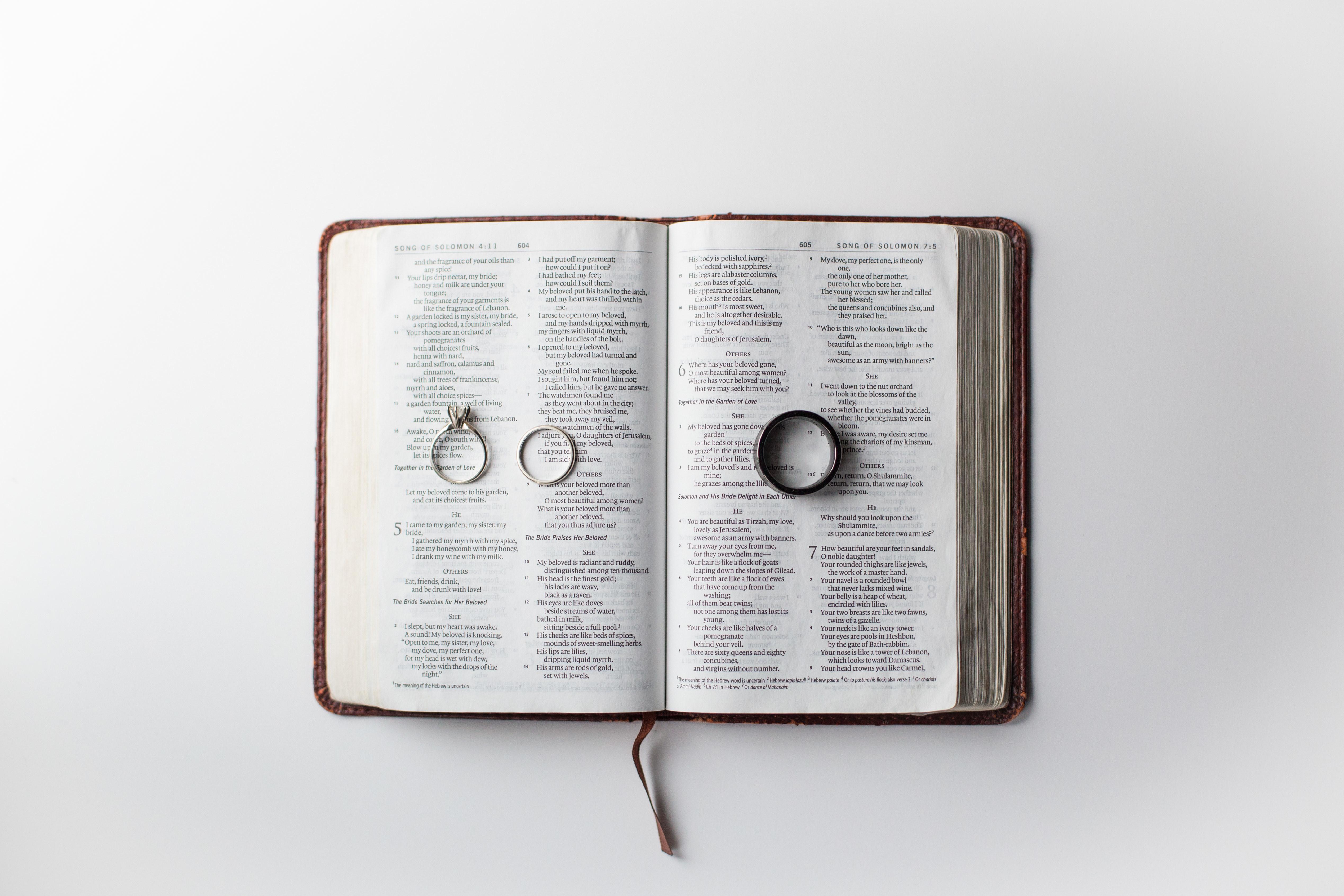 """Qué significa ser """"ayuda idónea""""? - Coalición por el Evangelio"""