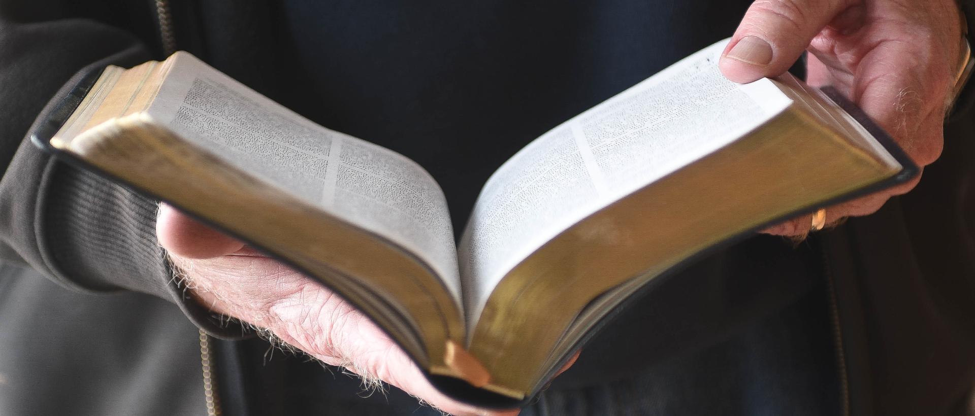 ¿Qué es el nuevo nacimiento?   Preguntas bíblicas