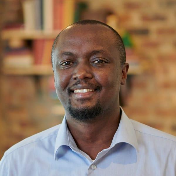 केन म्बुगुआ